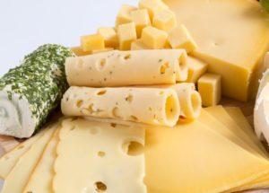 Аграриям на заметку: в Нидерландах появился сыр из свиного молока