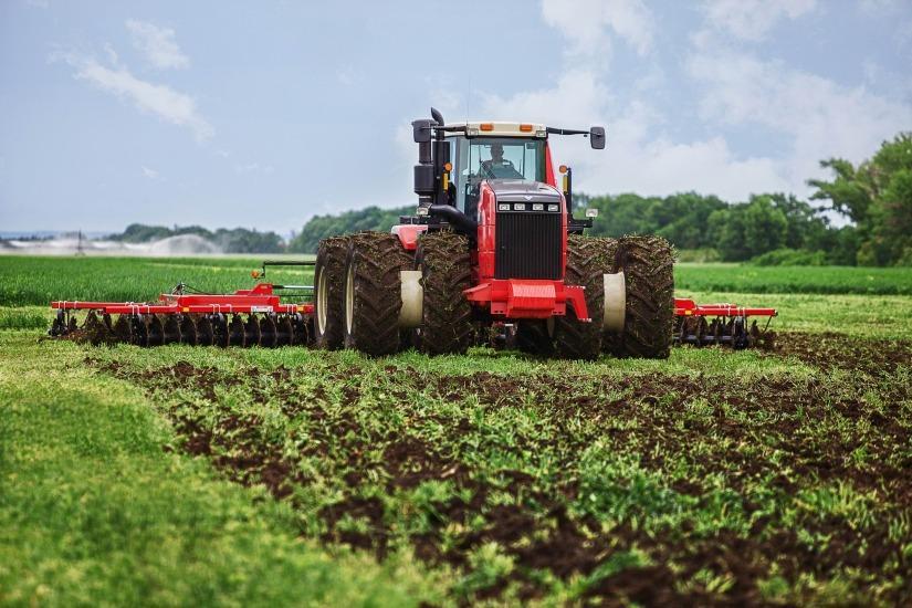 Почему в России сельхозтехника работает на износ