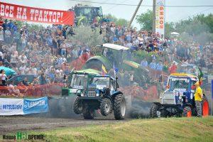 В гонках на тракторах «Бизон-Трек-Шоу 2018» победил военнослужащий Гречкин